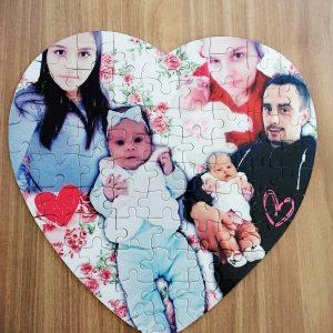 Пъзел сърце със снимка